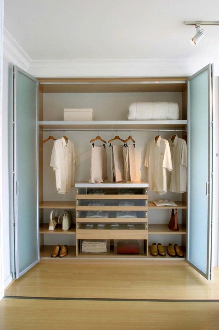 organiser un dressing mes v tements sont mieux rang s. Black Bedroom Furniture Sets. Home Design Ideas