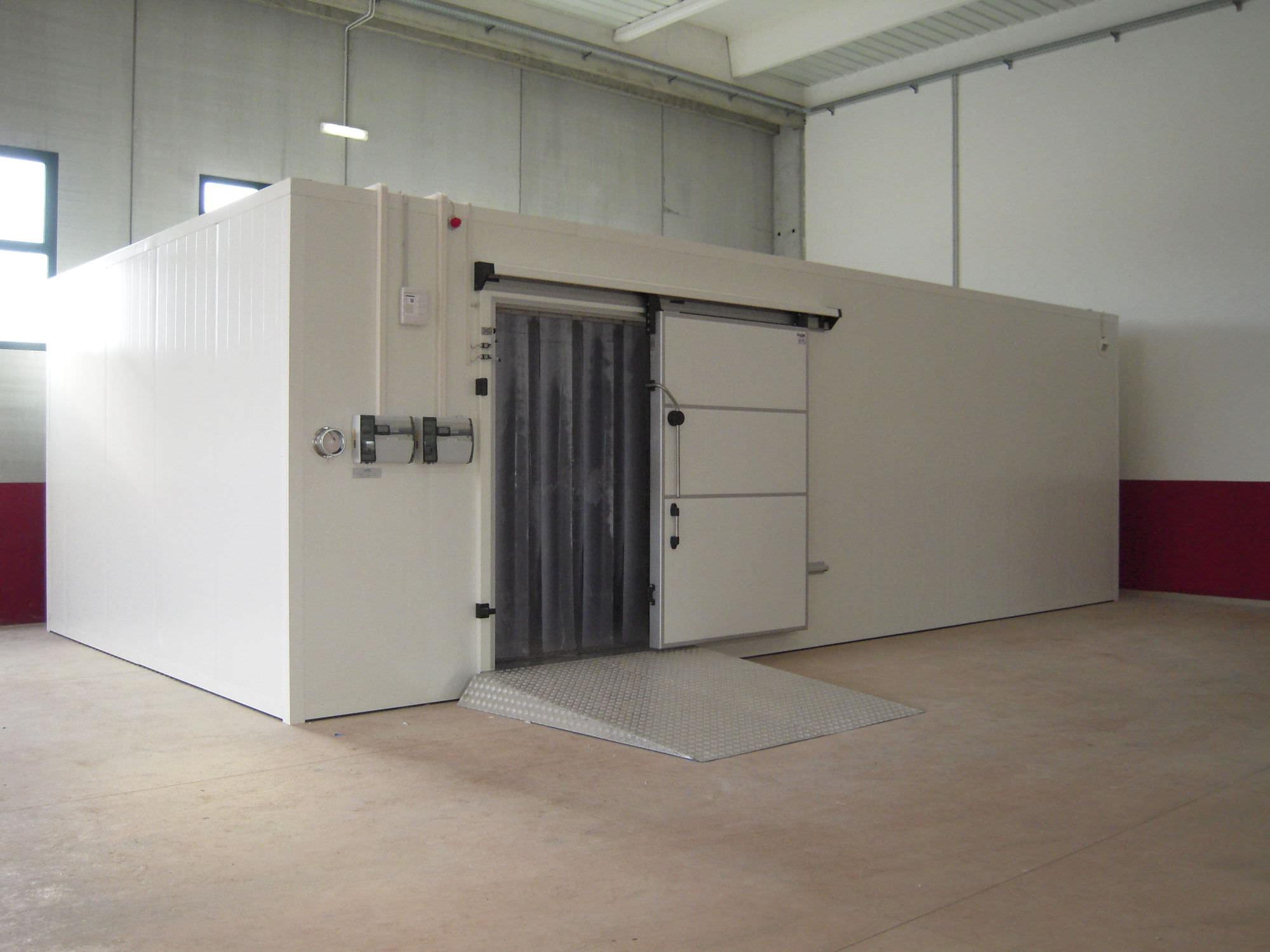 Chambre froide positive : les systèmes réfrigérés